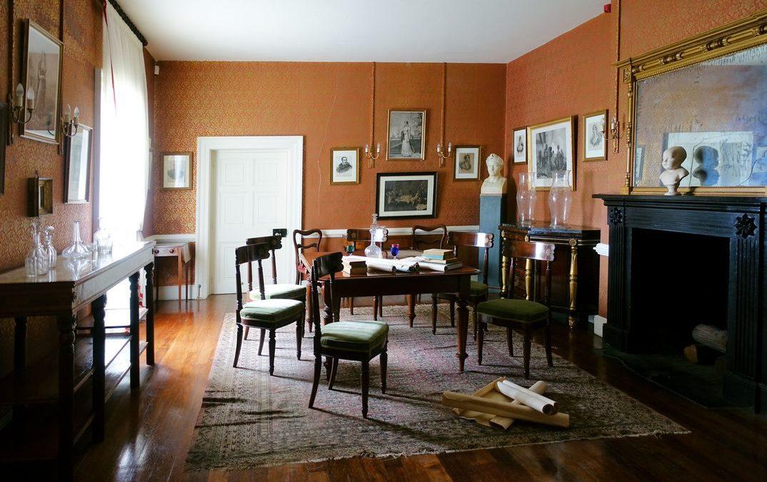 la salle à manger de Napoléon à Longwood restituée dans son état 1821.